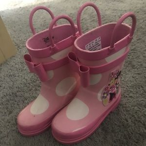 Minnie and Daisy rain boots toddler size 7